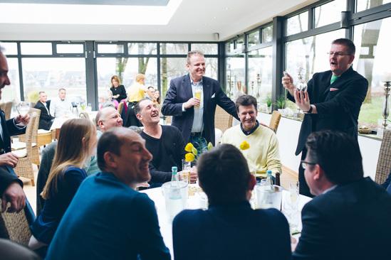 Zauberer Betriebsfest NRW am Tisch Dibowski